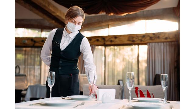 092820_restaurantwaitress